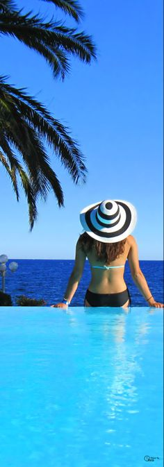 La Villa Mauresque in the South of France.we must live in Europe part of the year. Summer Of Love, Summer Time, Summer Days, Miss And Ms, Villa, Beach Cover Ups, Ferrat, Romantic Places, French Riviera