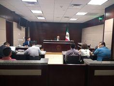 <p>Chihuahua, Chih.- Desde muy tempranas horas de este domingo en la sala 1 del Supremo Tribunal de Justicia, dio por inicio la audiencia de vinculación