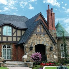 English Tudor Entry. traditional exterior