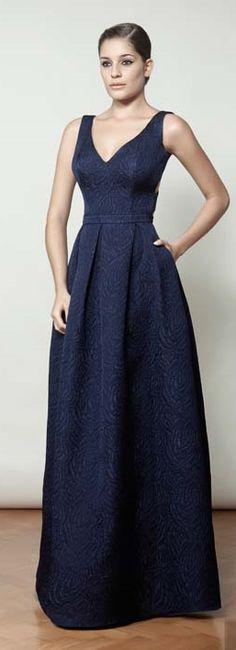 Vestido de festa                                                                                                                                                     Mais Vestidos Mob, Dress Vestidos, Vestidos Vintage, Vintage Dresses, Pretty Outfits, Pretty Dresses, Vestidos Color Azul, Chiffon Dress Long, Mob Dresses