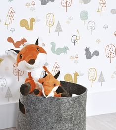 Baby wallpaper room rugs Ideas for 2019 Kids Room Wallpaper, Nursery Wallpaper, Wood Wallpaper, Forest Wallpaper, Animal Wallpaper, Baby Boy Rooms, Baby Bedroom, Casa Kids, Interior Wallpaper