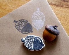 Stempel Eichel Stamp acorn The post Stamp acorn appeared first on Best Pins. Stencil, Stamp Carving, Handmade Stamps, Fabric Stamping, Wood Stamp, Easy Diy Crafts, Linocut Prints, Textile Prints, Printing On Fabric