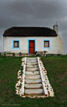 """House on the Hill"" Cottage at Elim, Overberg region - Western Cape - South Africa ( Photo by Martha van der Westhuizen) The Beautiful Country, Beautiful Places, Two Oceans Meet, South African Homes, Out Of Africa, Beaches In The World, Green Building, African Art, Scenery"