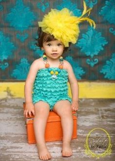 Haute Child in the City Yellow Headband Meaning Of Cute, Vintage Couture, Girls Hair Accessories, Children Photography, Teen Photography, Headband Hairstyles, Hair Pieces, Baby Love, Cute Kids