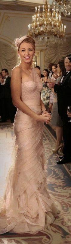 Blake Lively / Serena van der Woodsen best Gossip Girl style inspiration