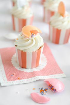 Sprinkle Bakes | Peachy Orange Marmalade Cupcakes