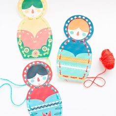 Print out these cute free printable Matryoshka nesting doll lacing cards for kids to practice stitching.