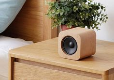 Sugr Cube Portable Wireless Speaker Shows off WiFi and Wooden Design