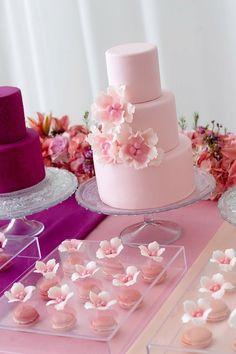 Torta de boda rosa