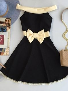 Nice But he needs the black high heels 👍💝 Baby Dress Design, Frock Design, Cute Dresses, Beautiful Dresses, Short Dresses, Mode Outfits, Girl Outfits, Little Girl Dresses, Girls Dresses