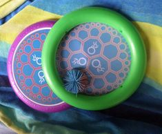 Beach games for kids that are easy to play include this fun Ogo Disk.   #beachgamesforkids #beachtipsforkids #beachfun