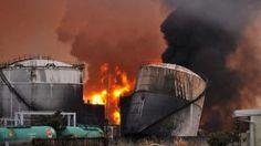 O acidente nuclear de Fukushima Daiichi foi um desastre nuclear ocorrido na Central Nuclear de Fukushima I em 11 de março de 2011, onde, um tsunami provocado por um terremoto de magnitude 9.0, derreteu três dos seis reatores nucleares.Após o incidente, a usina começou a liberar quantidades significativas de material ...