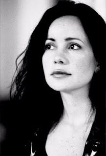 Janeane Garofalo. Always crushed on her. Except during that phase on the West Wing when she had the huge eyebrows. What was that?
