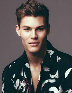 Photo Mannequin, Face Men, Beautiful Boys, Male Models, Lifestyle, Hair Styles, Unique, Mens Tops, Guide