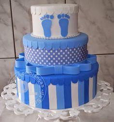 bolo cenográfico para chá de bebe Baby Shower Cakes, Baby Shower Menu, Torta Angel, Bolo Fake Eva, Bolo Fack, Beautiful Birthday Cakes, Fake Cake, Baby Shower Gifts For Boys, Dream Cake