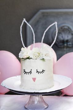 Pastel Easter Party #natalielately #partyblogger #easter #baking #partyplanning