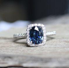 1.73 Cts. Oval Cornflower Blue Sapphire Diamond  door Studio1040, $1850.00