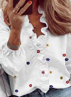 Floral Print Shirt, Printed Blouse, White Casual, Vintage Cotton, Latest Fashion Clothes, Types Of Sleeves, Shirt Blouses, Casual Looks, Blouses For Women