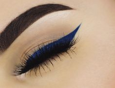 blue liner @anastasiabeverlyhills Dipbrow in Dark Brown on the brows and Paint Liquid Lipstick as liner paired with @vegas_nay Grand Glamor Lashes. #anastasiabeverlyhills #vegas_nay by alexiskaymor