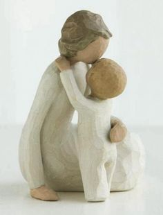 Willow Tree - Mommy and son Willow Tree Statues, Angel Statues, Paper Clay, Clay Art, Willow Figures, Willow Tree Engel, Willow Tree Figuren, Sculptures Céramiques, Clay Crafts