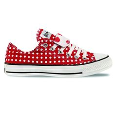Converse Chuck Taylor All Star Polka Dot Low Top. Converse All Star, Converse Chuck Taylor, Outfits With Converse, Converse Sneakers, Red Converse, Custom Converse, Red Shoes, Cute Shoes, Me Too Shoes