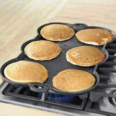 Keep pancakes separate and evenly golden (even along the edges) with the Wonder Griddle! Solutions.com #Cooking