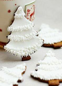 #Christmas gingerbread #cookies white trees ToniK ℬe Meℜℜy DIY bakerlady.blogspot.jp