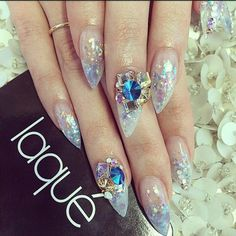 Clear holographic glitter and gems Get Nails, How To Do Nails, Hair And Nails, 3d Nail Art, Nail Arts, Laque Nail Bar, Holographic Glitter, Stiletto Nails, Nails Inspiration