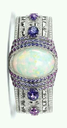 Bracelet with diamonds and sapphires in art deco style jewelry jewellery
