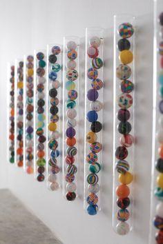 Super Easy, Super Ball Art DIY via http://Honesttonod.com