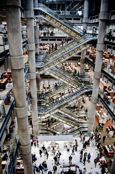 Lloyd's of London Building by Richard Rogers.