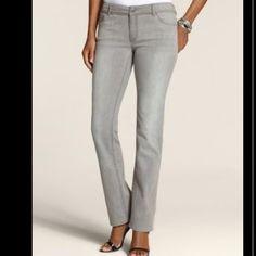 Chico's Platinum Denim Ultimate Fit Slim Leg Chico's Platinum Denim Ultimate Fit Slim Leg. EUC Sz 00 Chico's Jeans
