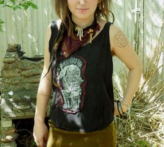 Honey in the hair - Blackbird Raum upcycled shirt
