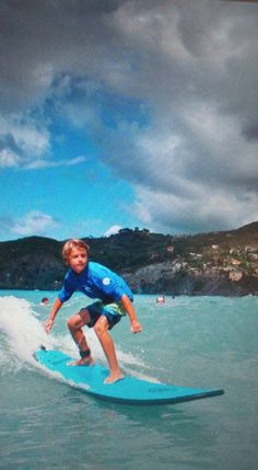Levanto Surf School, Kai from Italy and America!