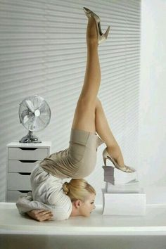 Think YOU are being overstretched in the office? Female contortionist brings new meaning to the term flexible working in incredible calendar shoot Flexible Girls, Flexible Working, Ballet Dance, Ballet Shoes, Dance Shoes, Amazing Flexibility, Contortionist, Thing 1, Belle Photo