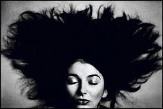Kate Bush, 1981 (Anton Corbijn)