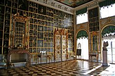 hall of Rotari portraits, peterhof, st petersburg, which inspired the framing of portraits in the screening room in the New York apartment of Howard Slatkin