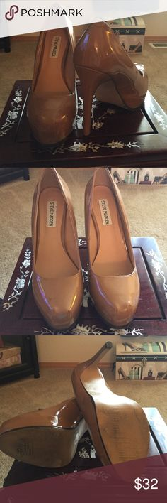 Tan Steve Madden heels Great Steve Madden 5 inch heels worn a few times. Please see last pic for small flaw. Can hardly see. I can take more pics. Steve Madden Shoes Heels