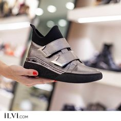 Designed with stretch neck portion and platinum leather, the Letti sneakers are designed . Designed with stretch neck and platinum leather, Letti sneakers can serve as both half boots and sneakers. Sneakers Fashion, Fashion Shoes, Shoes Sneakers, Sport Wear, Beautiful Shoes, Cute Shoes, All Black Sneakers, Slip On, Trends