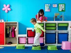 """Foto: Sicurezza in casa, protezione dei bambini e primo soccorso in età pediatrica: sono questi i temi di """"A casa si cresce sicuri"""", l'incontro gratuito aperto a tutti, creato in collaborazione con Save the Children Italia e l'Ospedale Pediatrico Bambino Gesù. Le prime due tappe: 20 febbraio IKEA Villesse, 21 febbraio IKEA Padova.  Scoprite qui tutti gli appuntamenti: http://spazioallavita.ikea.it/#cresceresicuri"""