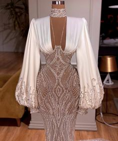 Glam Dresses, Event Dresses, Fashion Dresses, Wedding Dresses, Classy Dress, Classy Outfits, Stunning Dresses, Pretty Dresses, Look Fashion