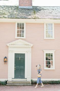Spring in Providence with Abby Capalbo Chambray Jumpsuit Exterior Paint Colors, Paint Colors For Home, Paint Colours, House Painting, Old Houses, Curb Appeal, New England, Cottage, Outdoor Structures