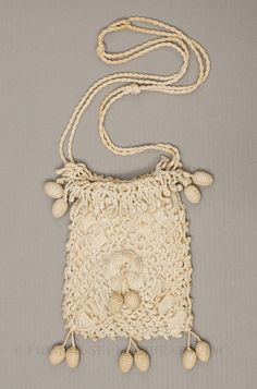 Crochet Purse Date:     c. 1905–1910 Material:     Cotton Credit:     Gift of Tina Brown Object ID:     S2008.925.6