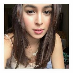 Filipina Actress, Filipina Beauty, Julia Baretto, Thick Eyebrows, Girl Crushes, Absolutely Stunning, Celebs, Actresses, Ph