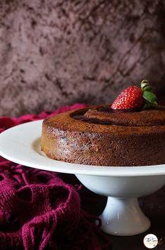 Eggless Black Grape Cake with Strawberry Jam Glaze « The Secret Ingredient Strawberry Cakes, Strawberry Jam, Fresh Fruit Cake, Fruit Cakes, Grape Jam, Black Grapes, International Recipes, Cake Cookies, Cake Recipes