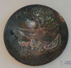 Червяков А.Д. блюдо «Натюрморт с арбузом» D 54 см шамот, гор. эмаль