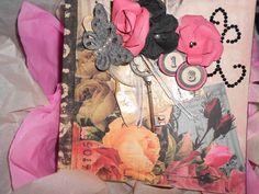 romance novel mini album hand made by Paola Botero