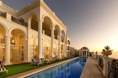 View this luxury home located at Cape Town, Western Cape, South Africa. Sotheby's International Realty gives you detailed information on real estate listings in Cape Town, Western Cape, South Africa.