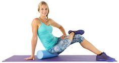 A foam roller is the perfect cure for sore muscles but it's important to make sure you're doing it correctly. Yoga Foam Roller, Foam Roller Exercises, Back Exercises, Foam Rolling, Skinny Mom, Vinyasa Yoga, Sore Muscles, Yin Yoga, Physical Therapy