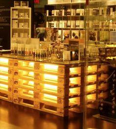 Pallet Bar ❥ 4U hilariafina  http://www.pinterest.com/hilariafina/